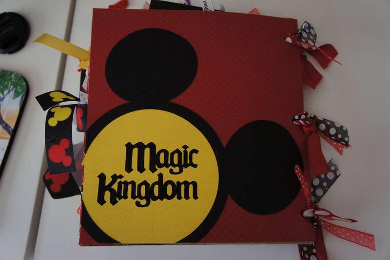 Mini Disney Album - Back