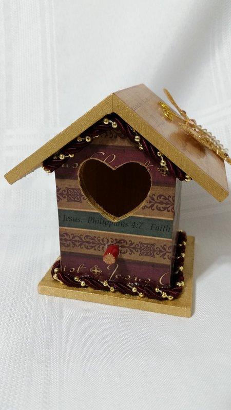 Mni Faith Bird House