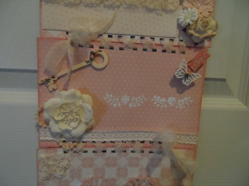 Tag/Card Hanger for Martica's swap