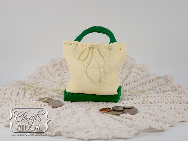 Dainty Purse Bank