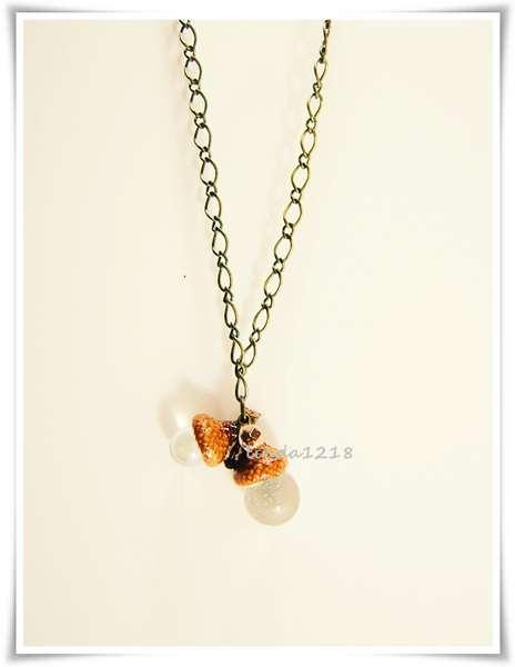 adorable glass acorn necklace