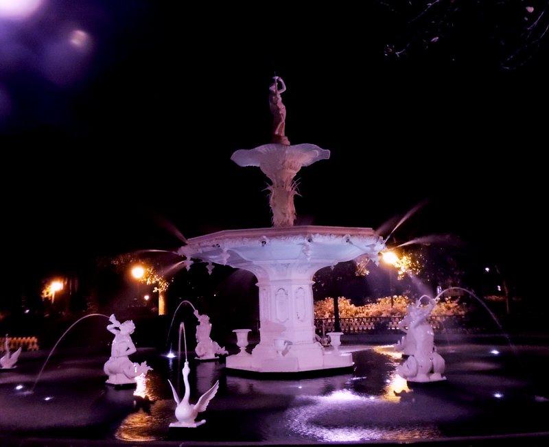Forcyth Park, Savannah...nite walk...