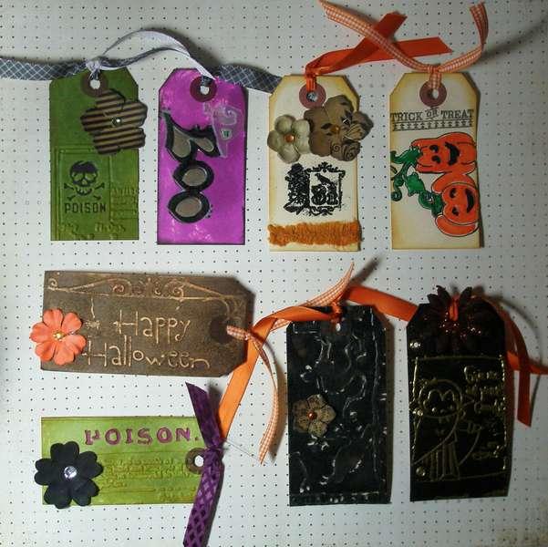 Halloween tags ~4
