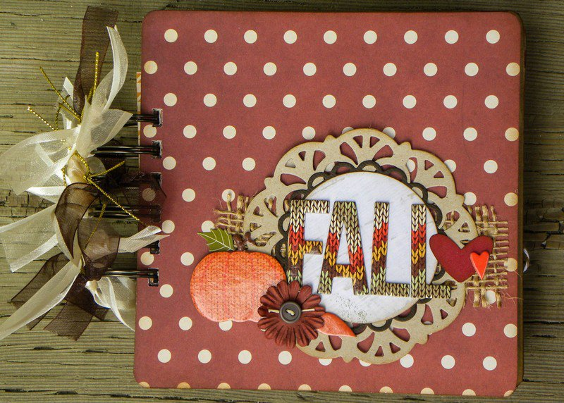 Fall mini album *My Creative Scrapbook kit*