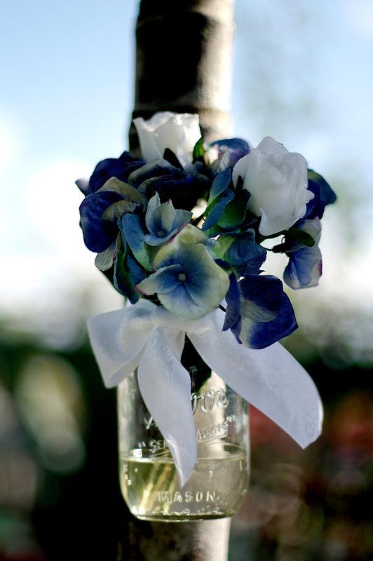 WEDDING DECOR: MASON JARS