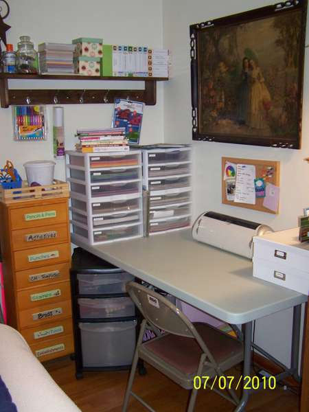 Scraproom-Scrap Corner in my BR