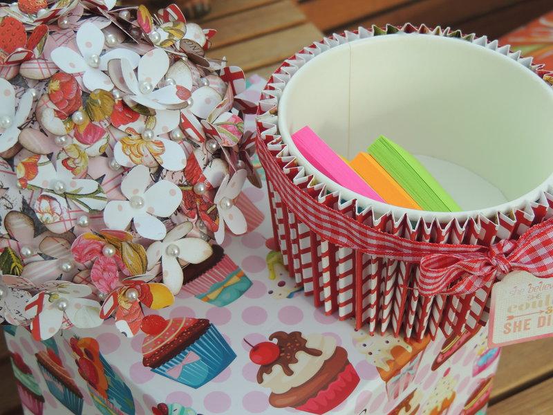Cupcake for a friend... *MCS LE Kit Aug 2014*