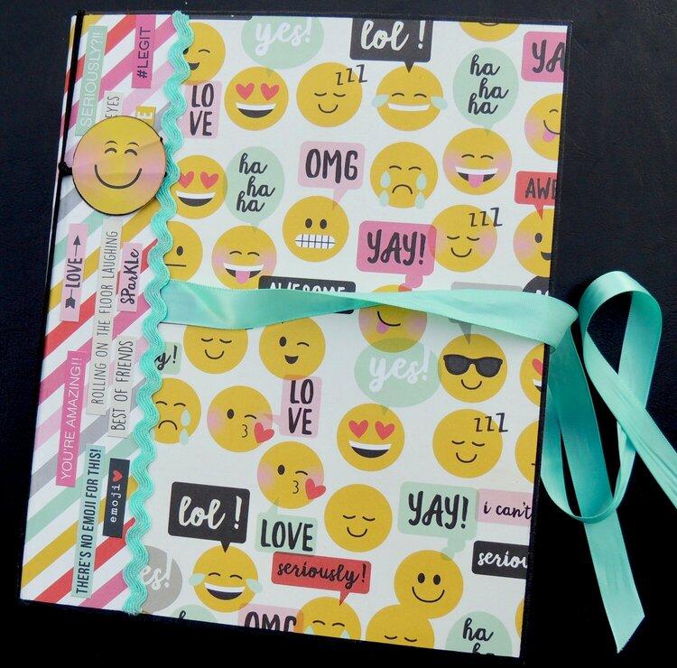 "BFF Mini Album/Simple Stories ""emoji love' col"