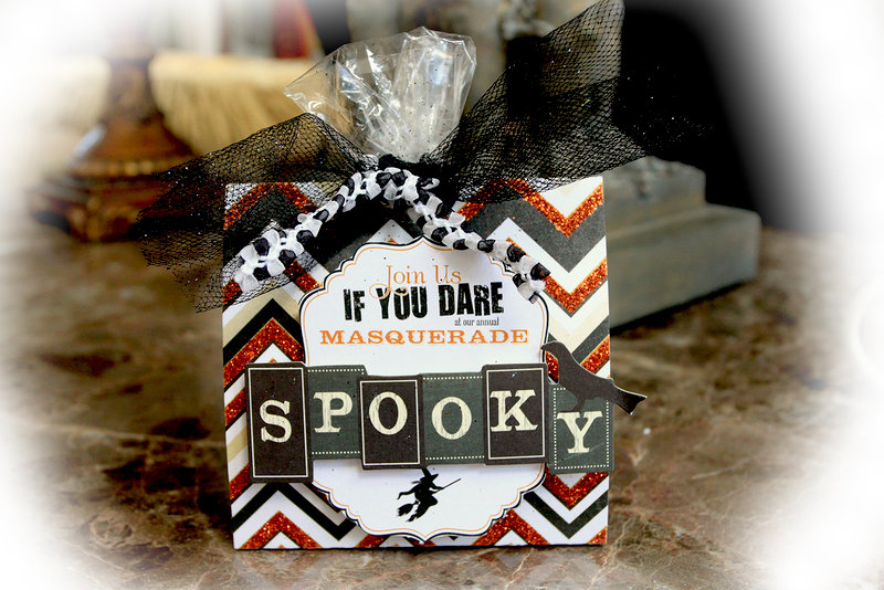Make It In Minutes~Treat Bag **Scraps Of Darkness** October Kit Gothic