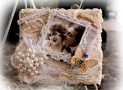 More Than Love Canvas & Lace Mini *Tresors De Luxe*