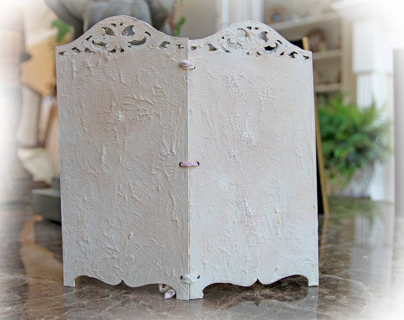 Miniature Victorian Room Divider * Scraps Of Elegance* July Kit~Patricia's Memoirs