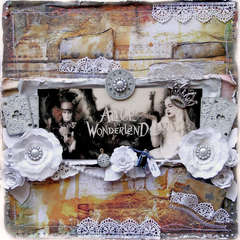 Wonderland **SCRAPS OF DARKNESS** June Kit-White Rabbit