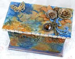 Girlie Grunge Box