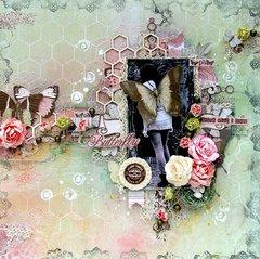 Butterffly layout **Scraps of Elegance** DT April Flutter Kit