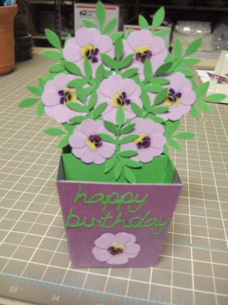 Blooming flowers pop-up card by TeaPapers.com
