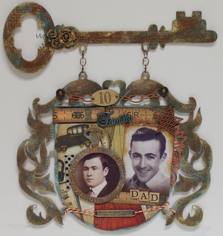 Heritage Style Key and Crest Wall Decor