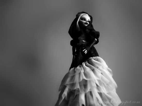 custom Ghoulia - gown in progress