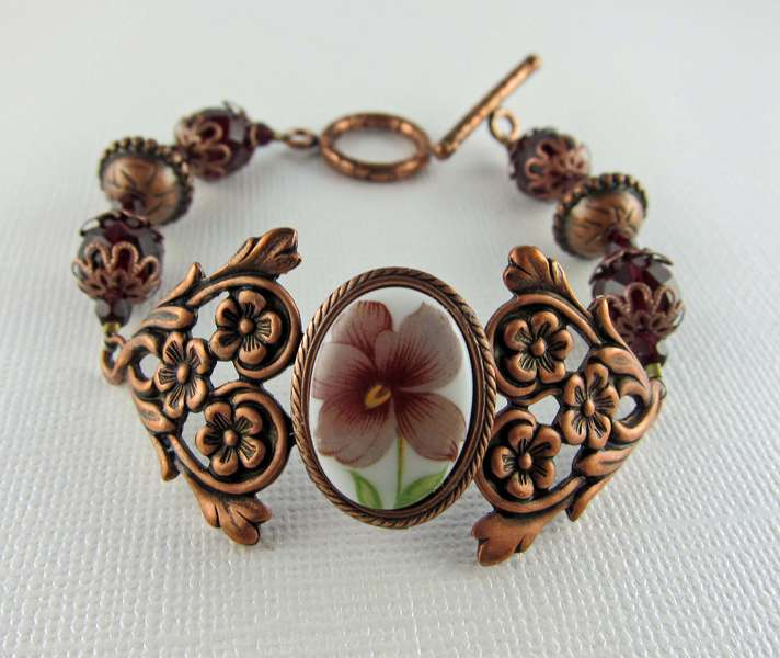 Vintage Floral Cabochon and Antiqued Copper Bracelet