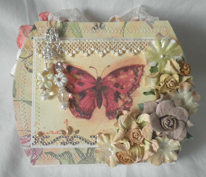 Spring Beauty Shabby Chic Purse Album