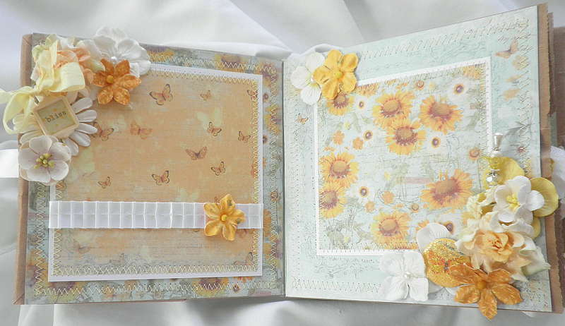 Country Chic Wild Flower and Charm Pages