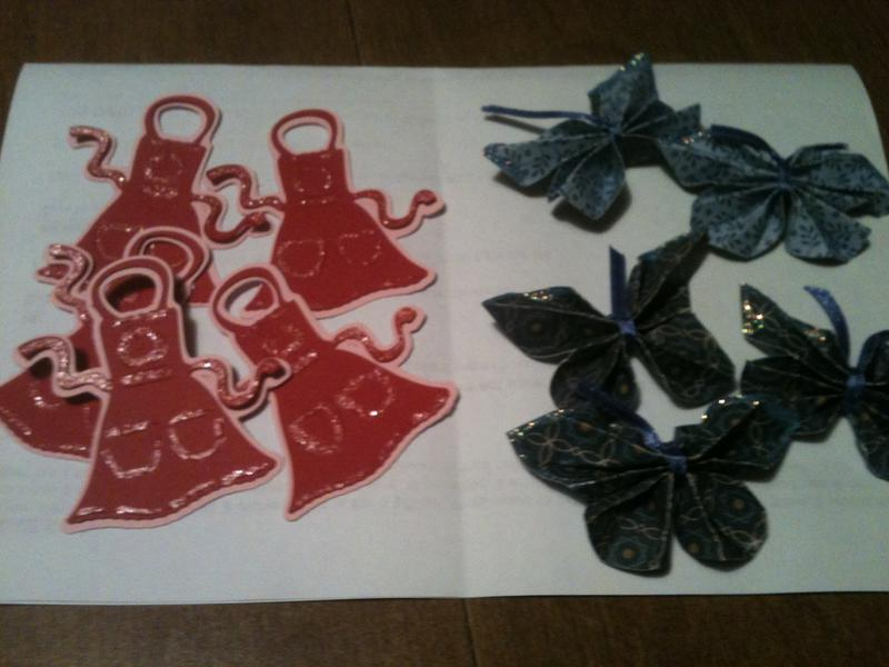 Aprons & Glittered butterflies for PSC Mother's Day Swap