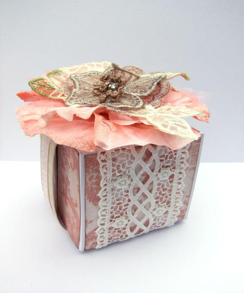 **Megs Garden** Gift Box