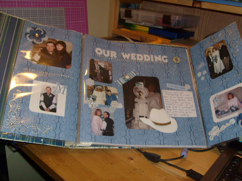 Tri-Fold Wedding Layout inside pages