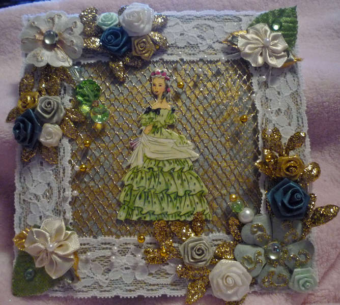 Sage and Blue Victorian Woman Card Topper