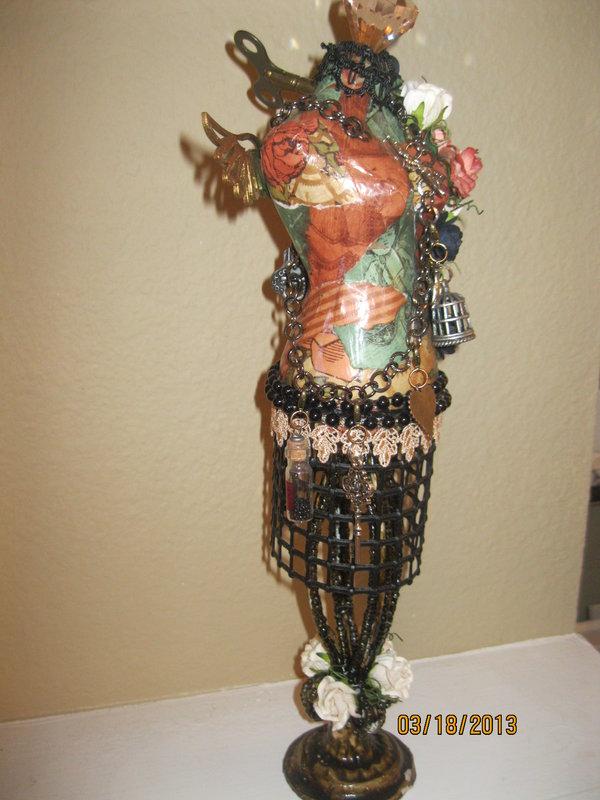 Sreampunk Dress Form