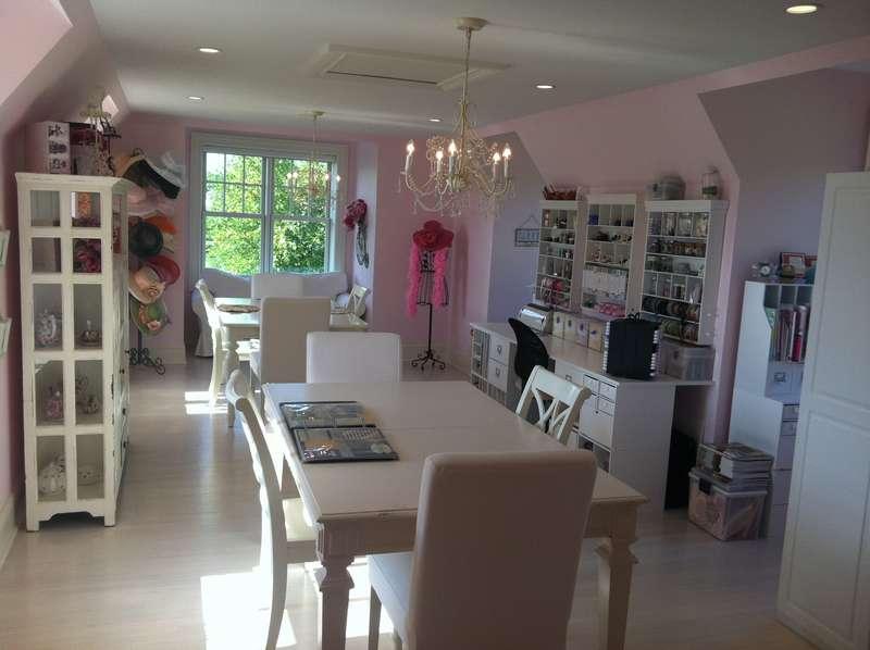 Ginger's Creative Cottage (Scraproom)