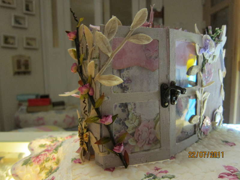 WATERCOLOR BOUQUET GATEFOLD MINI ALBUM
