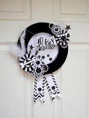 Luxe Black and White Wreath
