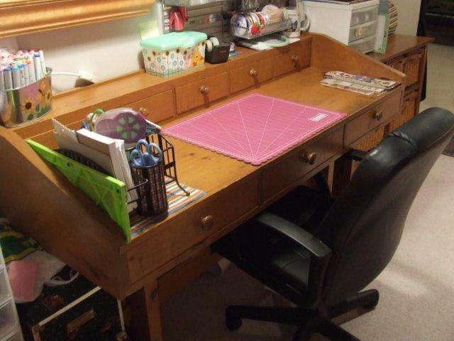 Scrapbooking Table