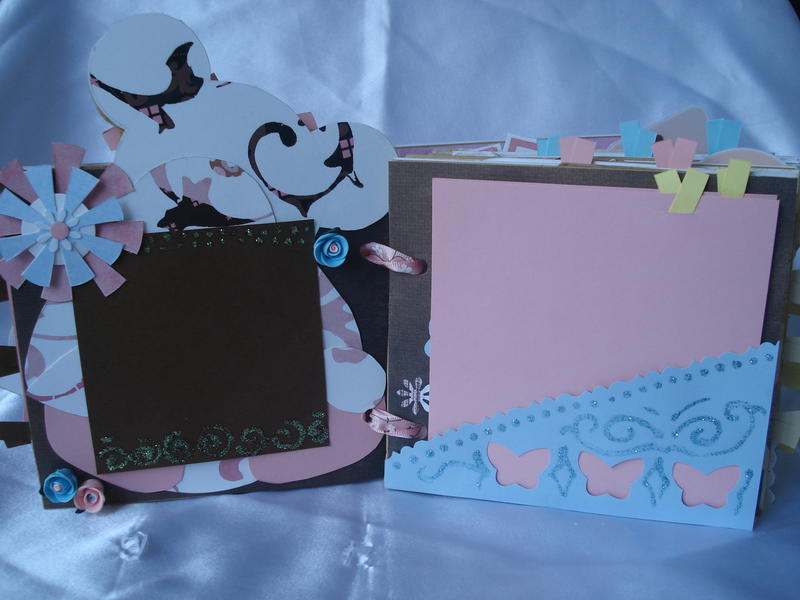 MADORI'S BABY MINI SCRAPBOOK
