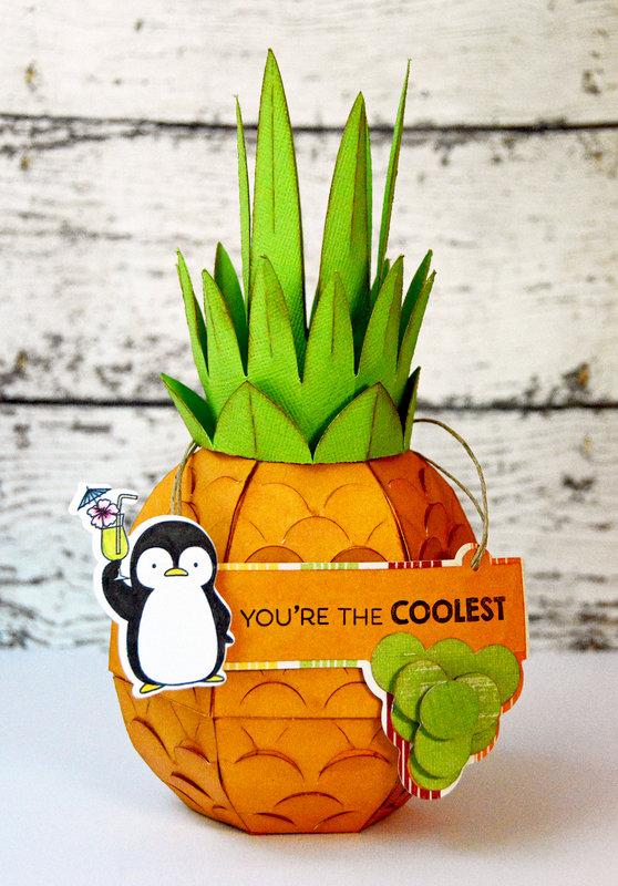 Pineapple Table Decor / Gift Box