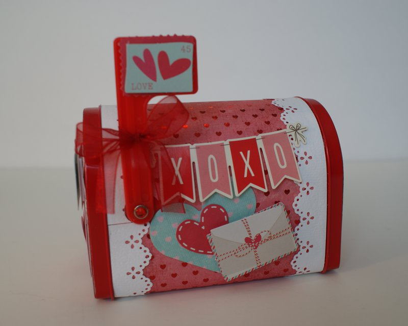 Valentine's Day Mini Mailbox Favors and Mini Cards