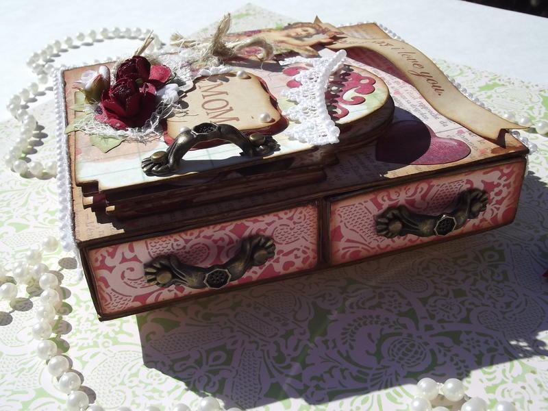 Valnetine's Day Matchbox Drawers w/ Book (side)