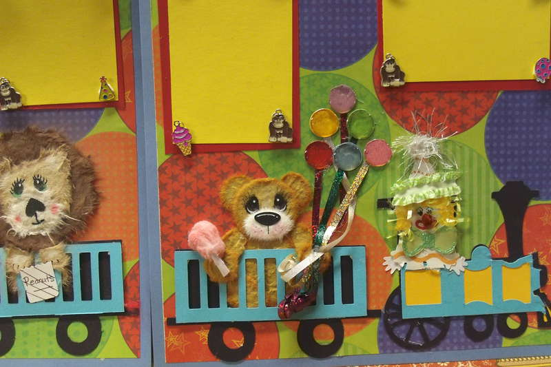 circus train tare animals 2 12x12 scrapbook pages