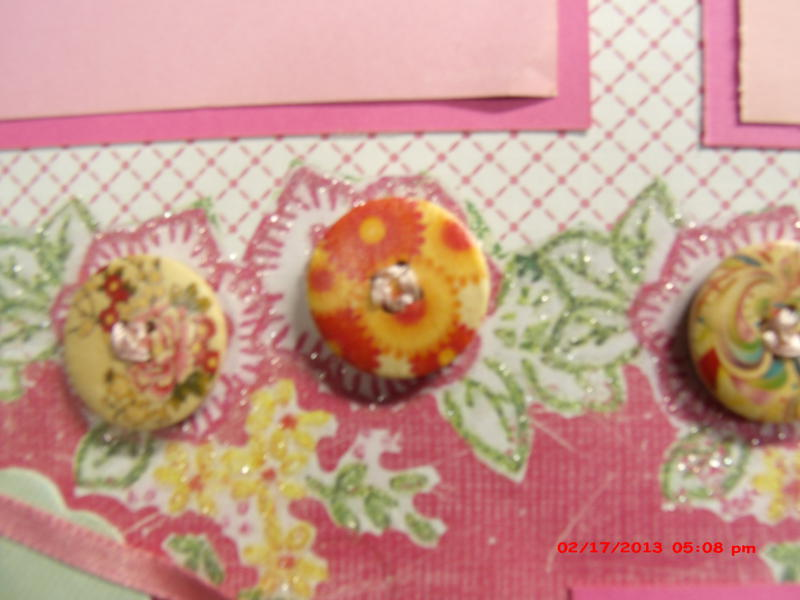 Sewen button flowers layout