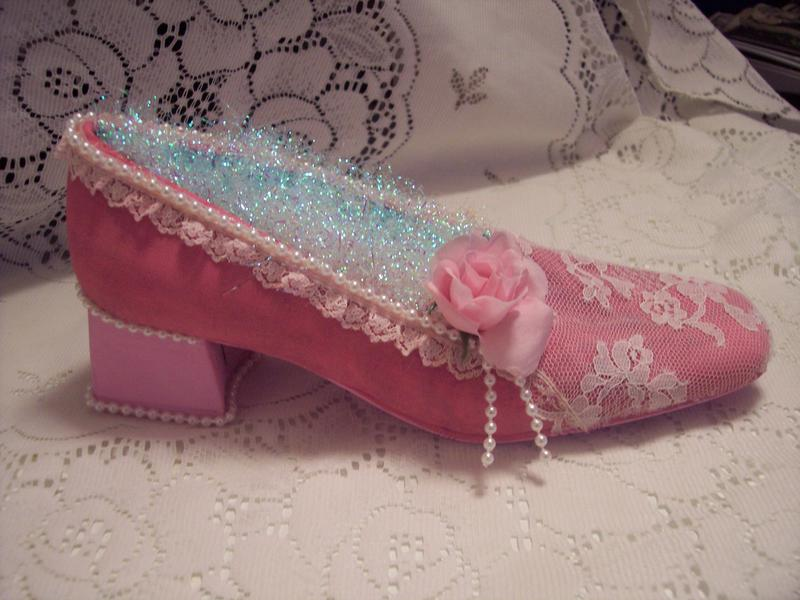 Shabby Chic**Altered Shoe