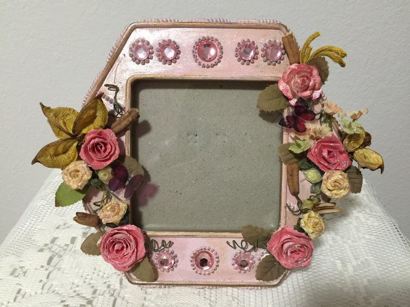 Shabby Chic**Altered Photo Frame