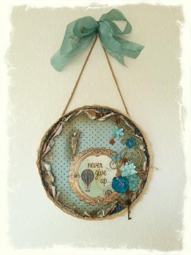 """Never Give Up"" Wall Hanging **SWIRLYDOOS KIT CLUB**"