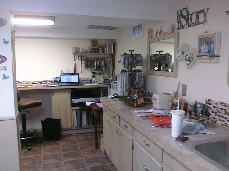 Work station and sink wall