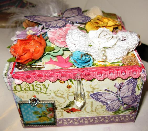 Altered Box ~Scraps of Elegance