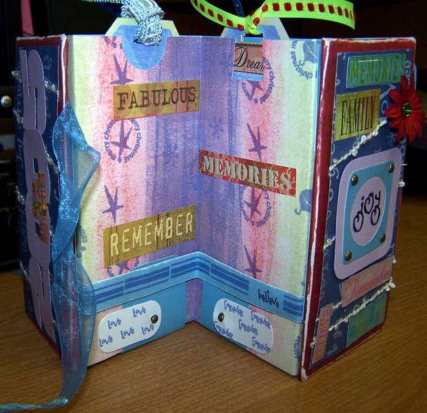 Accordion Tag Book