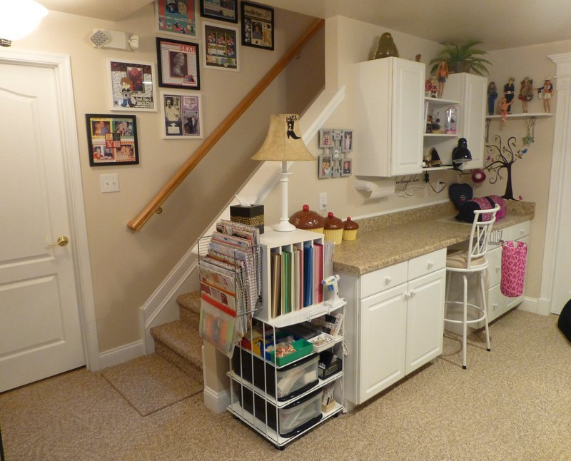 Scraproom scraproom view 1 2 here - Scrapbooking storage ideas for small spaces plan ...