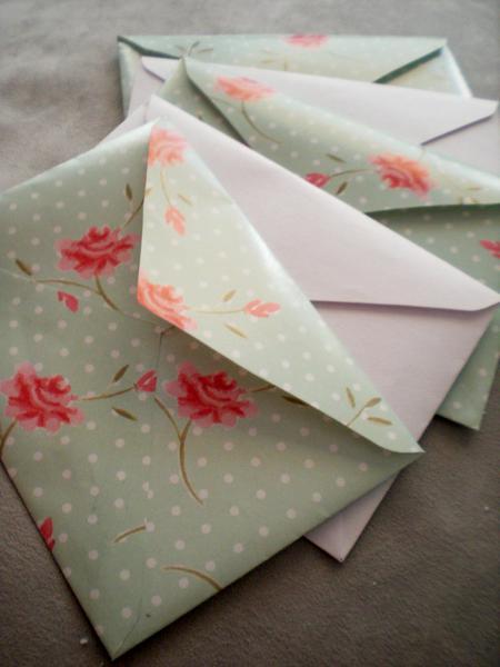 Roses envelopes
