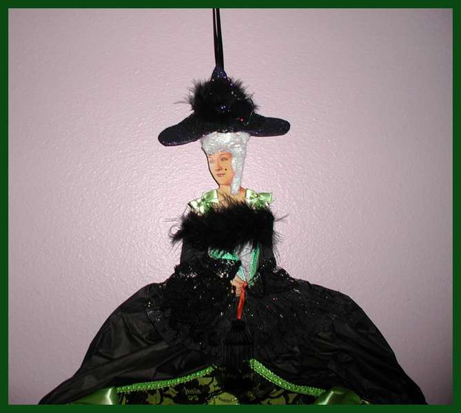 Marie Antoinette Paper doll Witch