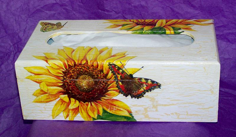 Box for kleenex - sunflowers