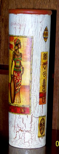 Vase africain ethnique